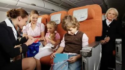 Можно ли отправить ребенка на самолете без родителей