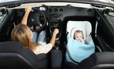 Можно ли садить ребенка в переди