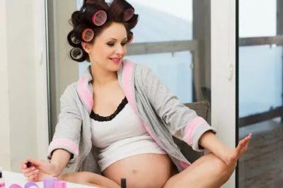 Можно ли красить волосы во время беременности в первом триместре