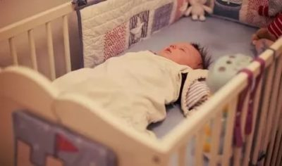 В каком возрасте можно подушку ребенку